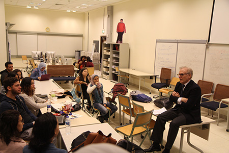 David Ignatius with students